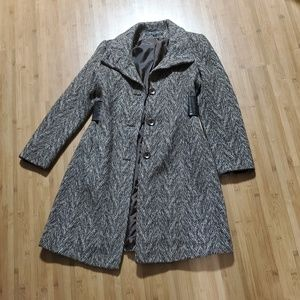 VIA SPIGA WINTER COAT SIZE 4